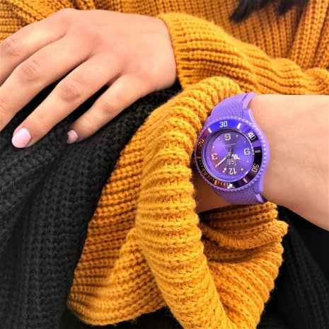 Purple Fashion Quartz Watch Size Medium Frühjahr / Sommer Kollektion Ice-Watch