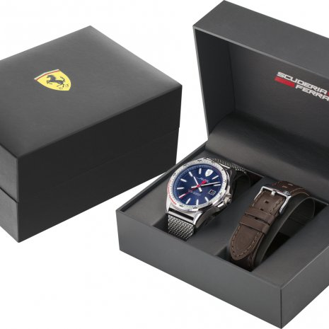 Gift set: watch with extra easy click pin leather strap Frühjahr / Sommer Kollektion Scuderia Ferrari